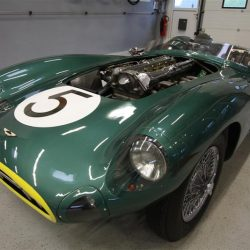 aston-martin-db-racing-23